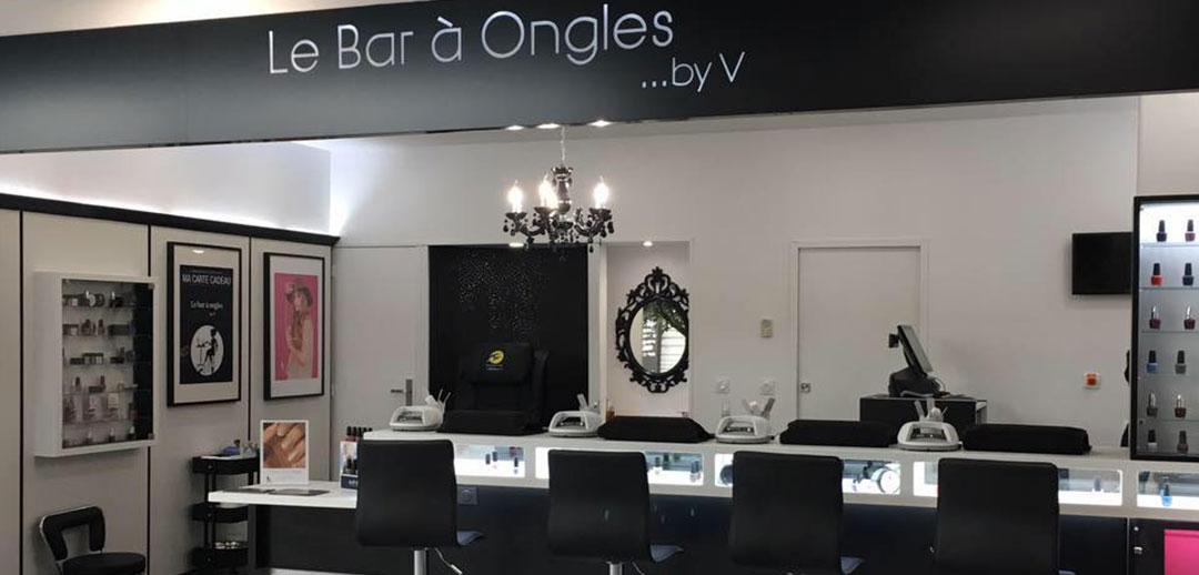 le bar ongles by v. Black Bedroom Furniture Sets. Home Design Ideas